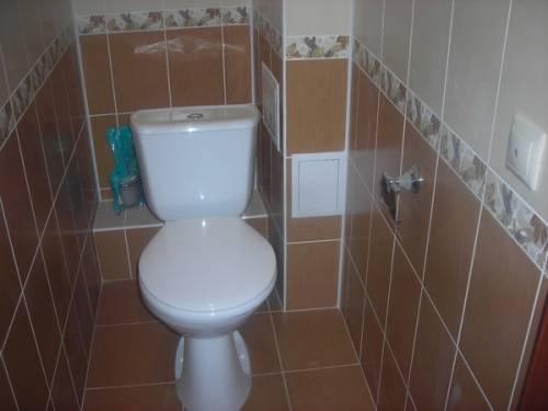 Как сделать ремонт в туалете плиткой