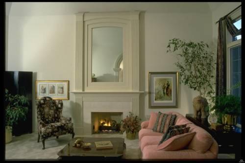 Фото интерьер гостинной с камином